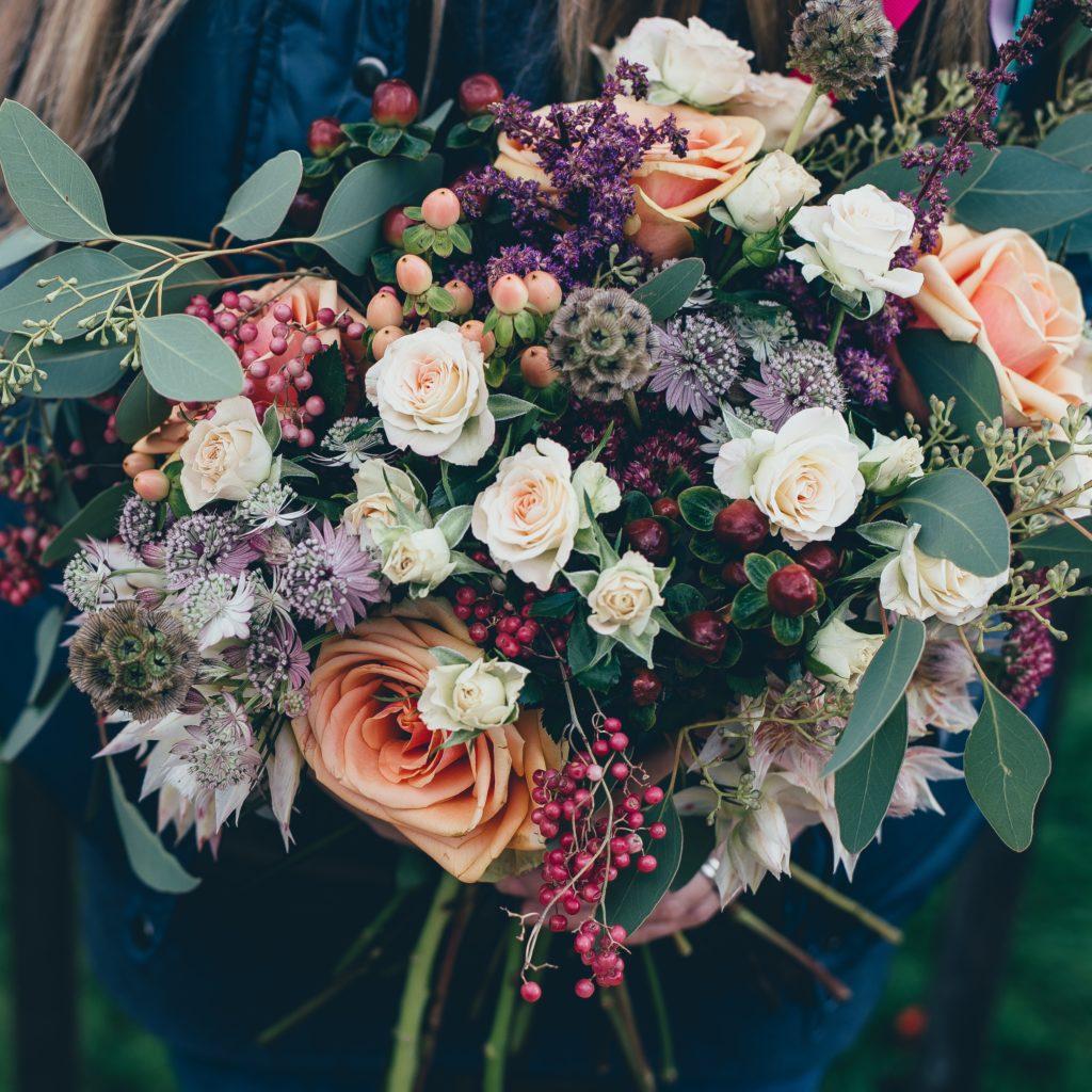 Закупка и доставка цветов из Китая оптом